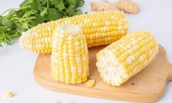 常吃玉米好处多,但是这三类人最好不要吃,现在知道原因还不算晚