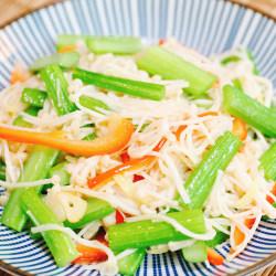 芹菜金针菇