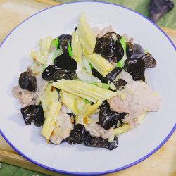 木耳腐竹炒肉