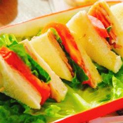 俱乐部三明治
