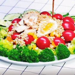 477大卡增肌鸡肉藜麦蔬菜沙拉
