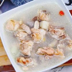 葛根炖鸡汤