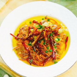红萝卜丝蒸菜