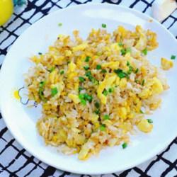 蒜香鸡蛋炒米饭