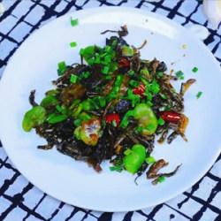雪菜蚕豆米
