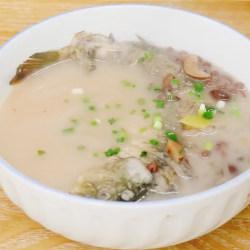 赤小豆鲤鱼汤
