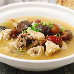 清炖香菇鸡汤